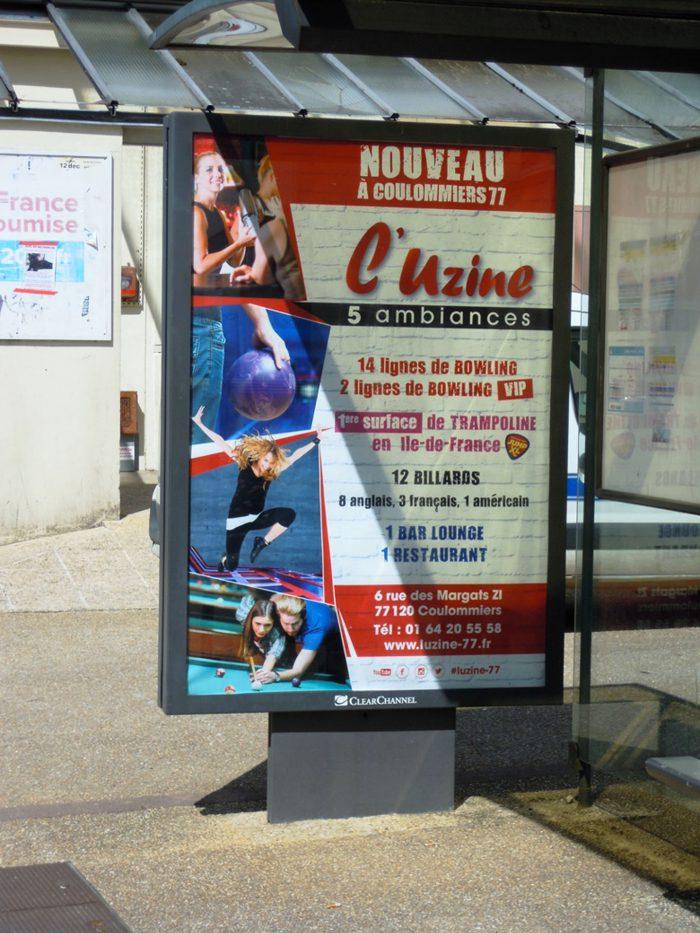 Affiche publicitaire abribus pour l'Uzine à Couommiers