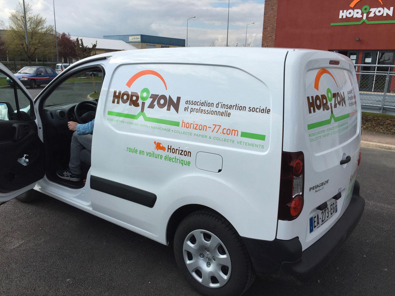 Marquage véhicule électrique de l'association Horizon arrière + coté