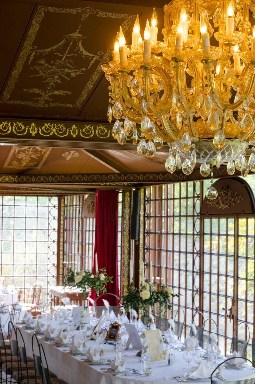 Tables de réception du mariage préparé par France Prestige Services
