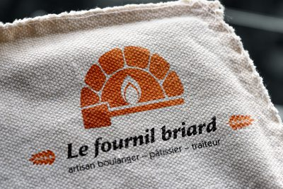 logo fournil briard broderie