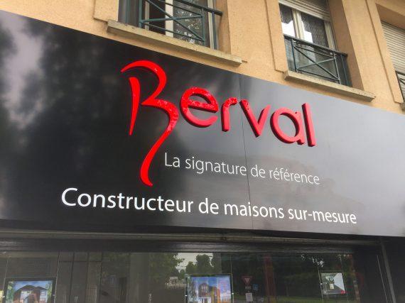 Enseigne de maisons Berval à Ozoir-la-Ferrière