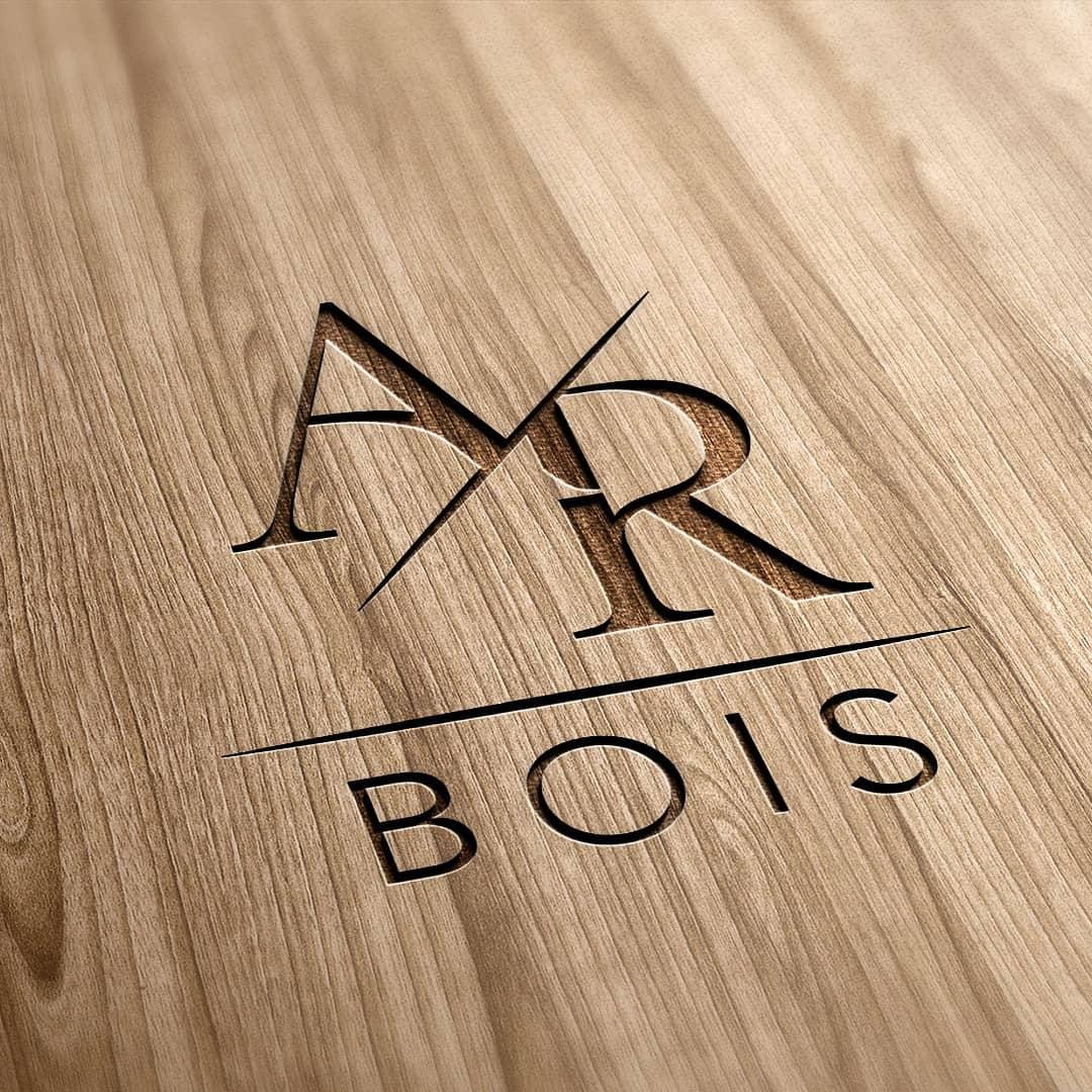 Mockup Logo AR bois réalisé par nicolascréchet.com